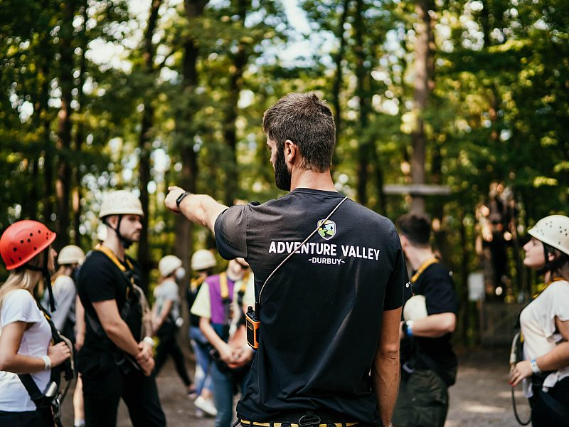 Moniteur adventure valley